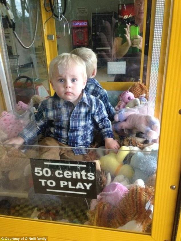 http://www.bentcop.biz/1414084027804_wps_1_A_toddler_is_safe_after_g.jpg